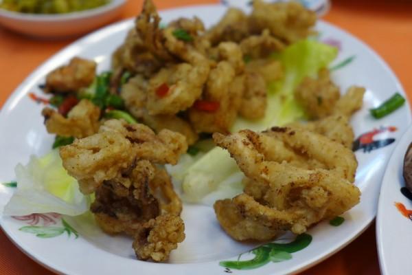 Crispy fried squid at Restoran Dragon View